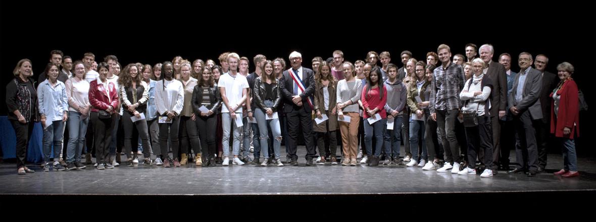 Cérémonie de récompense aux bacheliers 2017