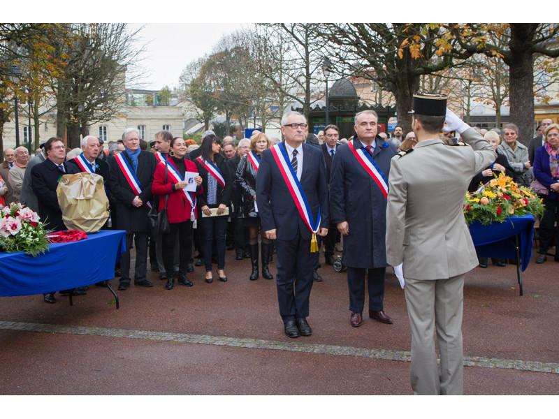 01-Ceremonie du 11 novembre C.VOISIN