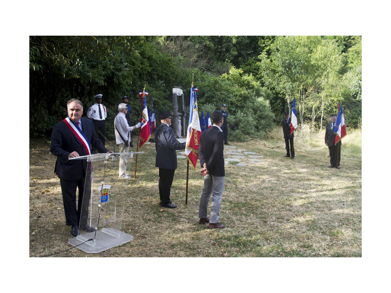 01-Commemoration Rafle du Vel d hiv 2015
